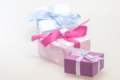 Geschenke stilvoll verpacken