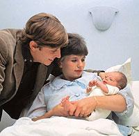 Ist das erste Kind da, ändert sich im Leben der frischgebackenen Eltern alles.