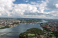 Auf der zu Stockholm gehörenden Halbinsel Langholmen können Reisende in einem (ehemaligen) Gefängnis übernachten.