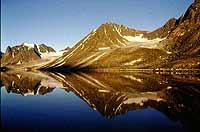 Foto: Klaus-Dieter Friedrich. Glazial geprägte einsame Berglandschaft auf Spitsbergen
