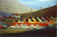 Foto: Herbert Funk/Lesestein.de. Longyearbyen um Mitternacht
