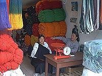 Wollhändlerinnen in Otavalo (© C. Mayer).jpeg