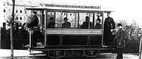Siemens entwickelte die erste elektrische Straßenbahn für Berlin.