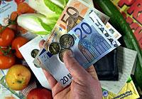 Konsum statt Sparen: Private Haushalte in Deutschland gaben in den vergangenen Jahren mehr aus.