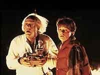 """Foto: FFV/KPA. Christopher Lloyd und Michael J. Fox in """"Zurück in die Zukunft"""""""