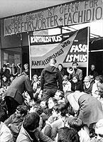Das Ende der autoritären Erziehung: Die 1968er Bewegung hat eine ganze Lehrer-Generation geprägt.