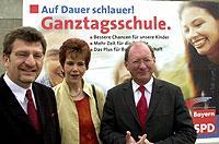"""""""Auf Dauer schlauer"""": Zahlreiche Parteien – wie hier die bayerische SPD – fordern eine Ausweitung des Ganztagesangebots von Schulen in der Bundesrepublik Deutschland."""