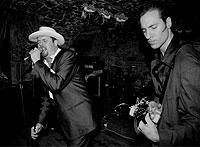 Die Rockabillies – hier eine Londoner Band – greifen auch heute noch in die Saiten.