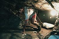 Kinderarbeit war im 19. Jahrhundert in Europa an der Tagesordnung und wird noch heute zum Schaden der Kinder in den Entwicklungsländern praktiziert.