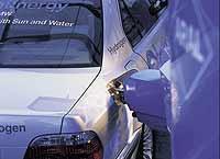 © BMW AG. Wasserstoff-Tankvorgang..jpeg