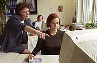 In der Praxis überzeugen Geistes- und Sozialwissenschaftler mit ihren Schlüsselqualifikationen.
