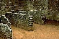 Geheimnisvoll: Etruskische Grabkammern in Populonia.