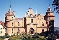 Leben wie Gott in Frankreich: Château de Maulmont (© www.chateau-maulmont.com).j