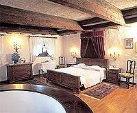 Komfortables Ambiente: Schloss Rundegg (© www.rundegg.com).jpeg