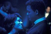 Flirt in der Tiger Lounge; © 2002 - 20th Century Fox & Initial Entertainment