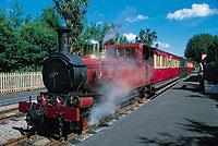Die Dampfeisenbahn verkehrt seit 1873 auf der Insel (© Isle of Man Tourism)..jpe