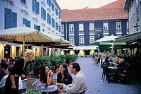 Graz: Die Kulturhauptstadt 2003 ist ein ideales Ziel für eine Kurzreise.