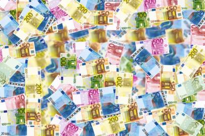 Euroscheine verschiedener Nominationen
