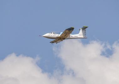 Der E-Fan von Airbus auf seinem Jungfernflug.