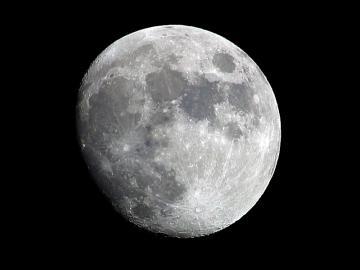 Der Mond: Faszinosum und Sehnsuchts-Ziel zugleich