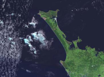 Satellitenaufnahme der Aupouri Peninsula au Neuseeland