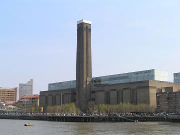 Blick über die Themse auf die Tate Modern