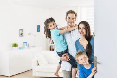 Familie - Eltern plus zwei Kinder