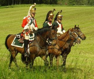 Reenactment-Teilnehmer in der Rolle britischer Dragoner