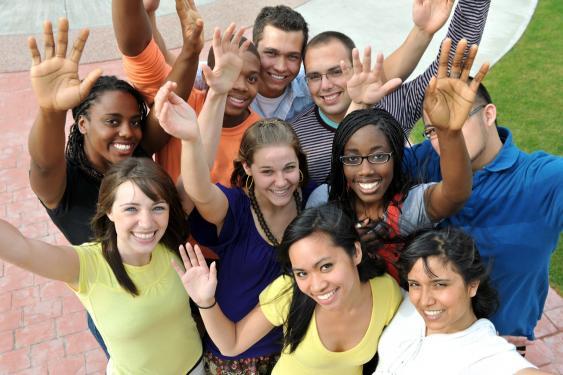 Studenten verschiedener Ethnien