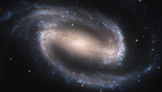 Balkenspiralgalaxie NGC 1300, Aufnahme des Hubble Space Telescope