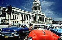 Havanna: 50er-Jahre-Flair vor dem Kapitol (© Cubanisches Fremdenverkehrsamt).jpe