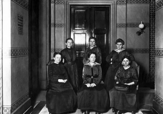 Weiblichen Abgeordnete der MSPD in der Weimarer Nationalversammlung, 1. Juni 1919.