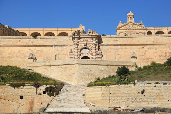 Tor des Forts Manoel im Marsamxett Harbour von Valetta