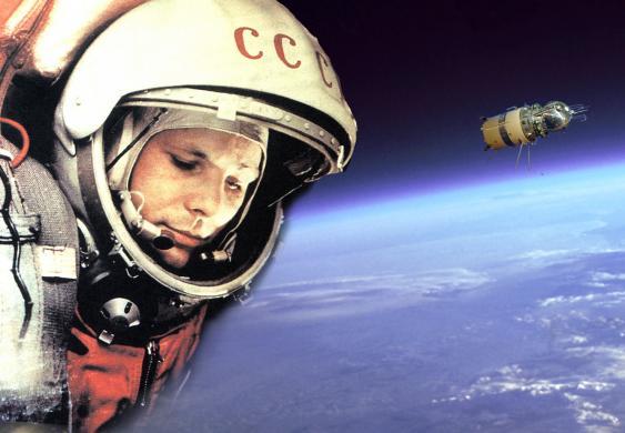 Gagarin + Kapsel Wostok-1 in der Erdumlaufbahn