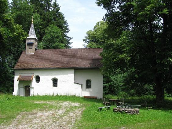 Südansicht der Pollingsrieder Kapelle