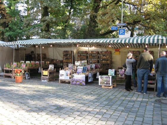 Herbstdult 2010 in Augsburg, Stand mit Pflanzensamen