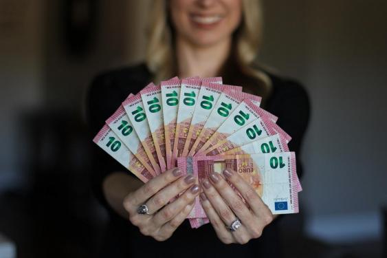 Symbolbild Geldregen