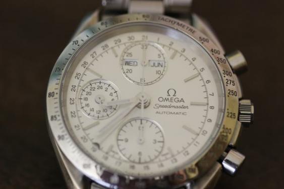 Omega-Uhr
