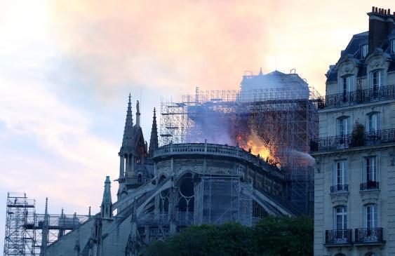 Chor der Kathedrale Notre-Dame während des Brandes vom 15.04.2019