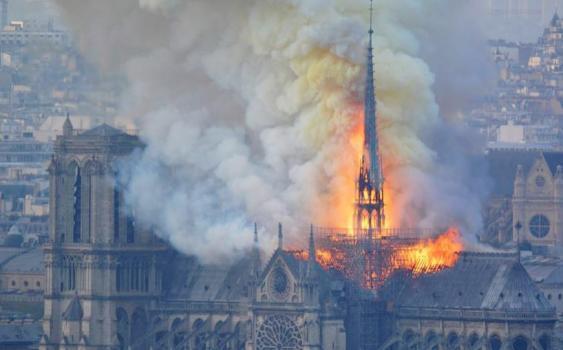 Brand des Daches der Katedrale Notre-Dame de Paris, 15.04.2019