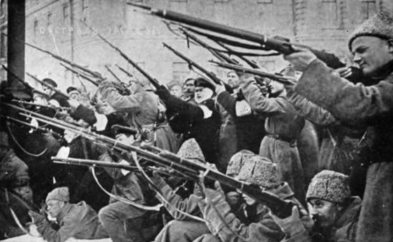 Aufständische während der Februarrevolution