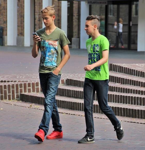 Pokémon GO-Spieler auf der Straße