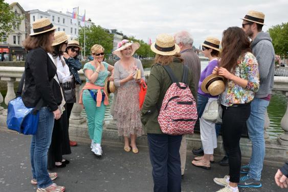Reisegruppe in Dublin