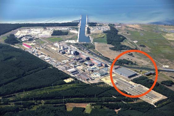 Luftbild des abgeschalteten Kernkraftwerks Greifswald und des benachbarten Zwischenlagers Nord