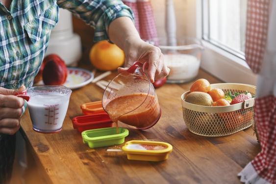 Vorbereitung von Fruchteiscreme