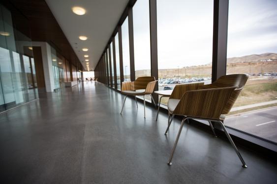 Verglaster Korridor