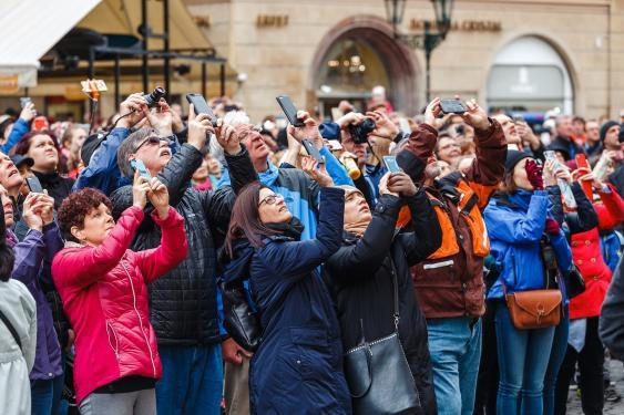 Touristen bei einem Fototermin