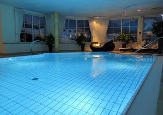 Swimming Pool eines Hotels