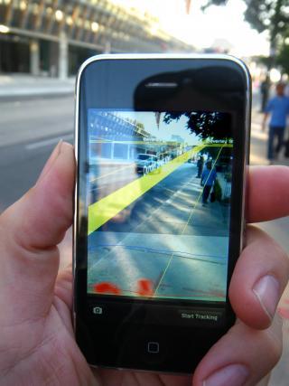 Smartphones-Display mit Navigationshinweisen