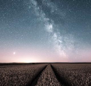 Sternenhimmel mit Milchstraße im Sternenpark Westhavelland